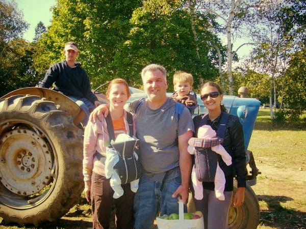 Thaís Brito com sua host family (Foto: Arquivo pessoal)
