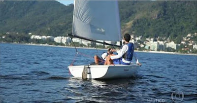 http://redeglobo.globo.com/criancaesperanca/videos/t/todos-os-videos/v/projeto-no-rio-de-janeiro-ensina-criancas-a-velejarem/5145000/
