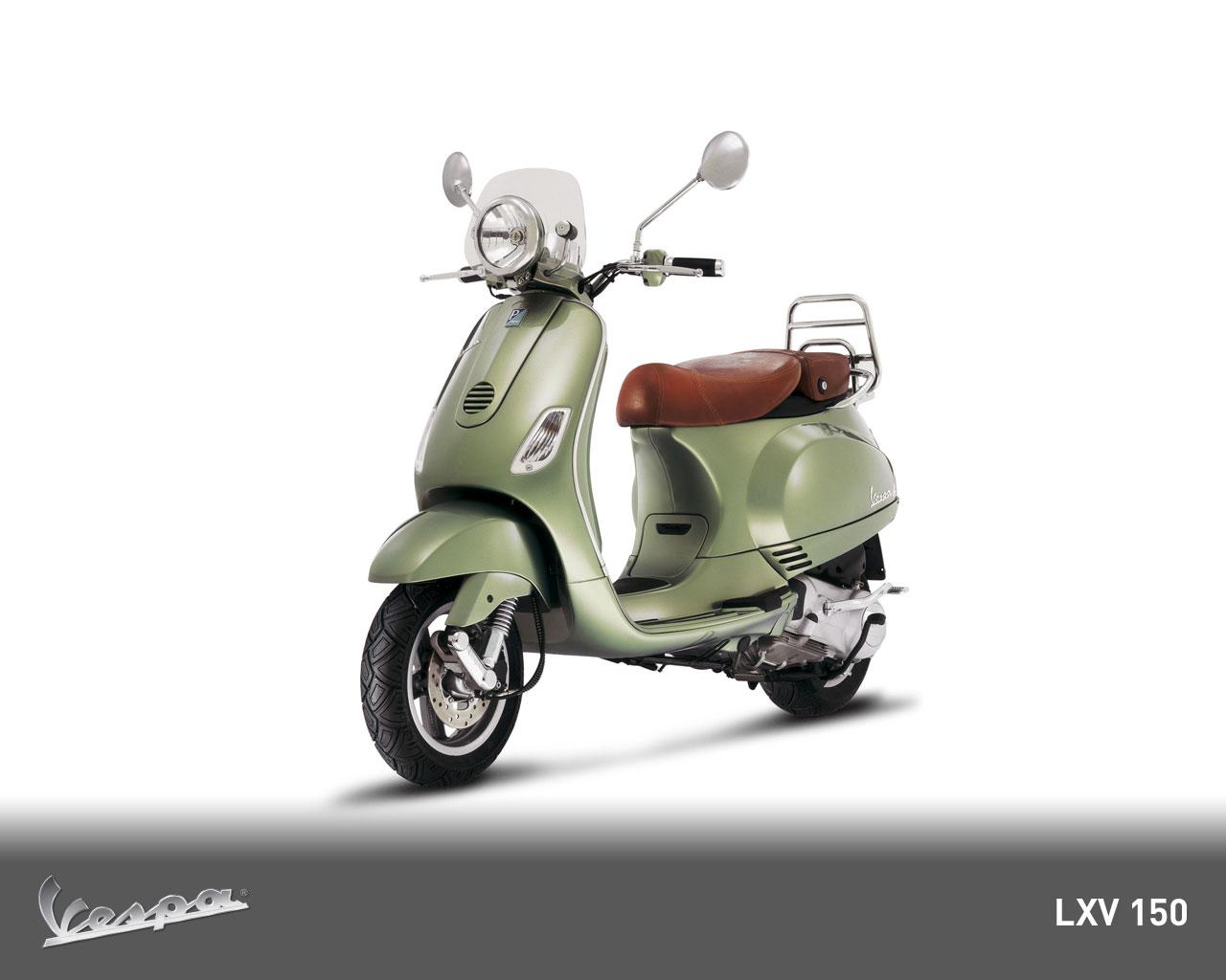 Vespa Pictures: Vespa LXV 150 ie - 2010