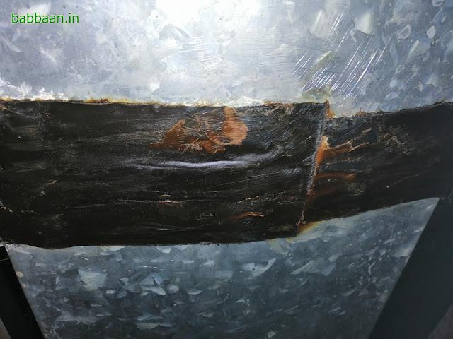 รอยรั่วเดิมจากแผ่นปิดรอยต่อหลังคา