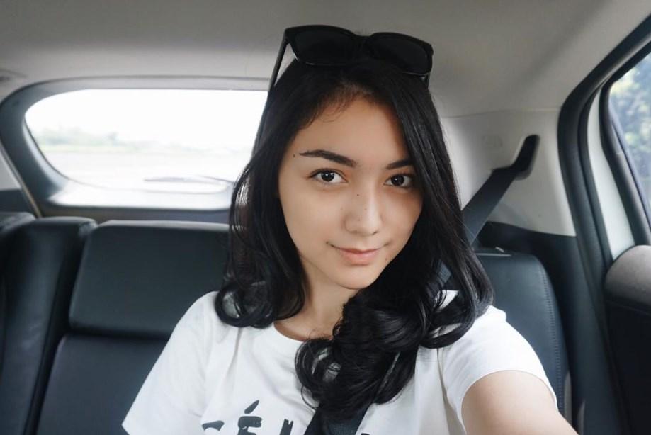 daftar ratu dan artis cantik si ron stripping indonesia