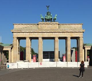 Berlin porte de Brandebourg vestige du Mur de La Honte