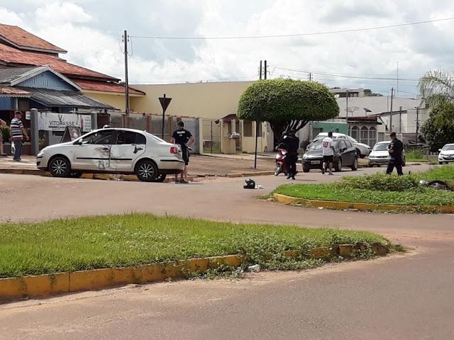 Motociclista morre ao bater na lateral de carro em Cacoal