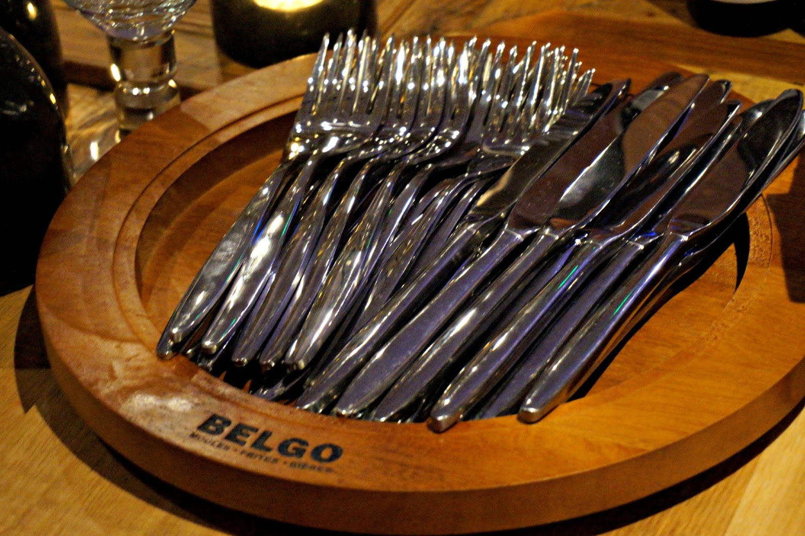 cutlery in a bowl