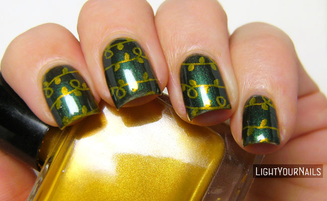Christmas tree lights green gold nail art stamping
