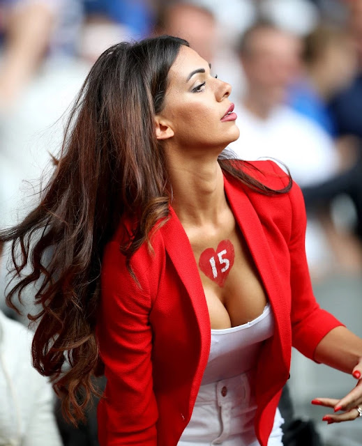 Erjona Sulejmani - chosen as the most beautiful fan of Europe in football