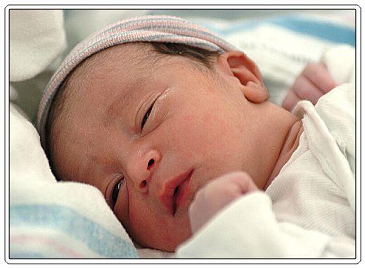 Terra Forming Terra: Newborn Death Risk Halved At Full Term