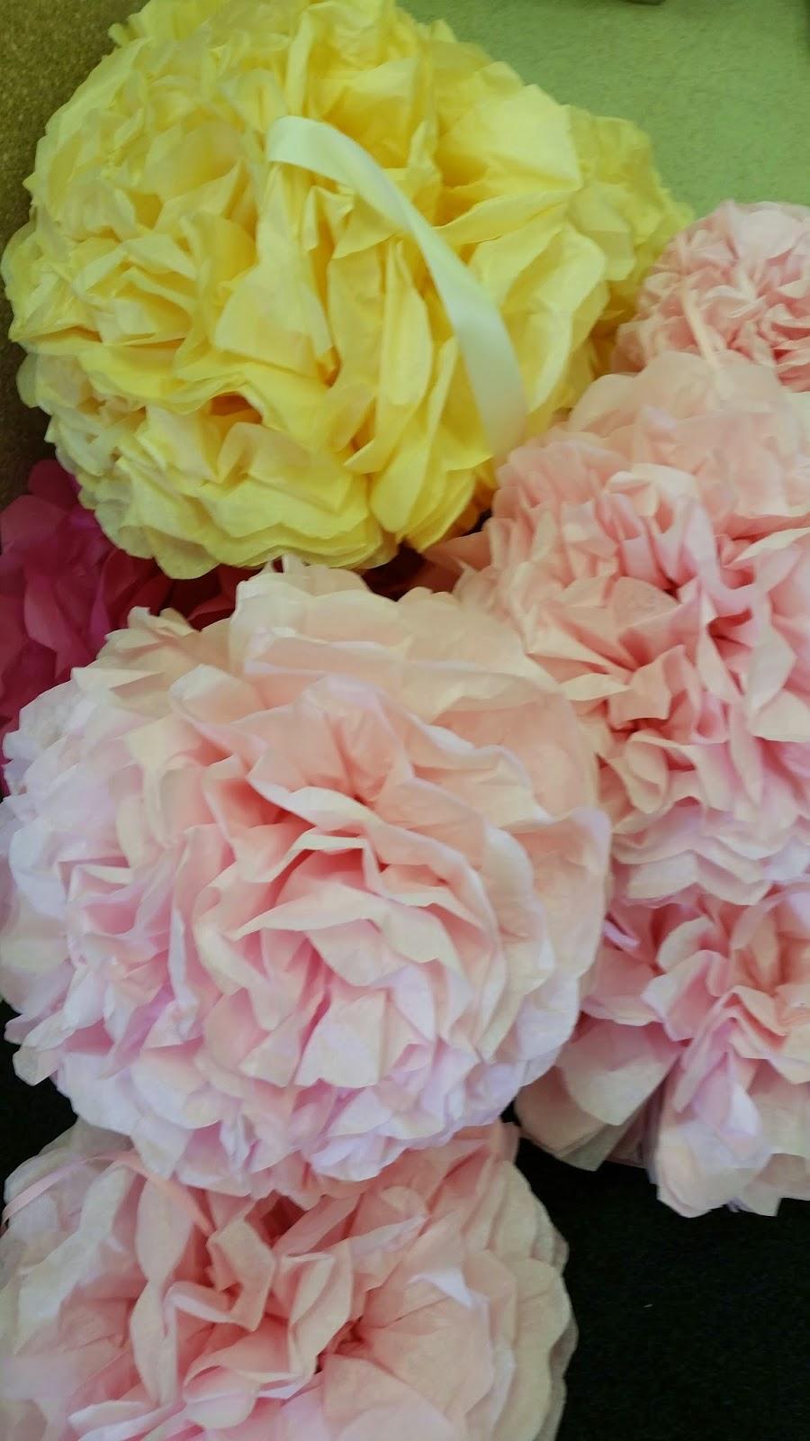 Tissue flowers