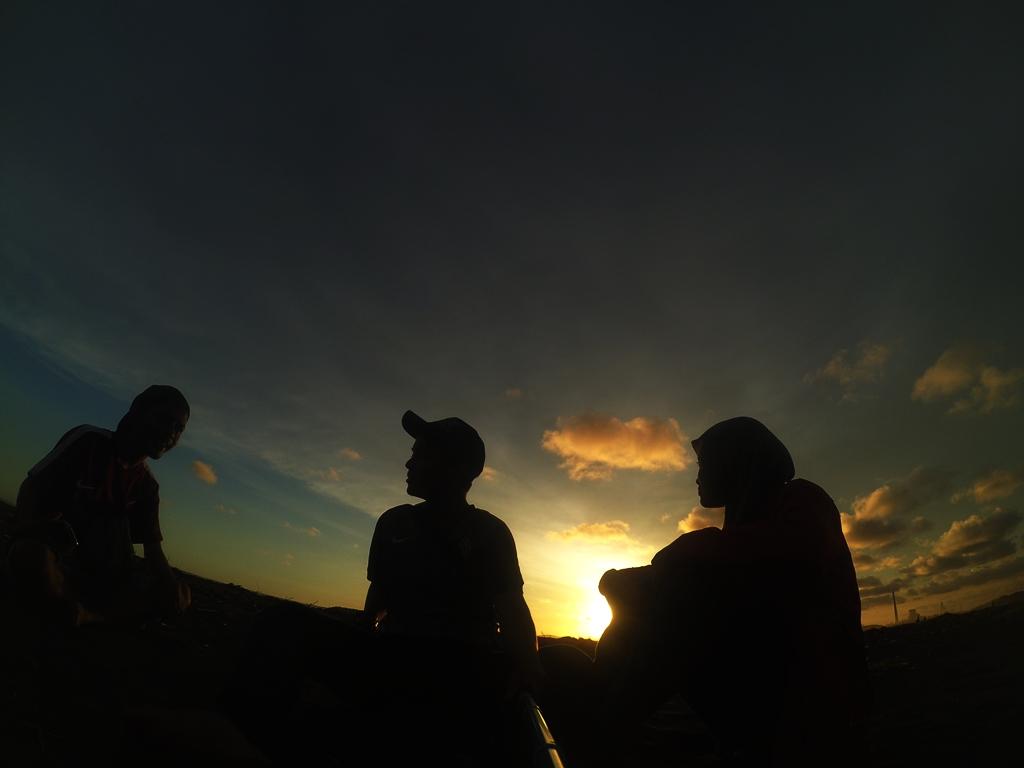 Indahnya Sunset Pantai Sodong Cilacap Imaniawan Id