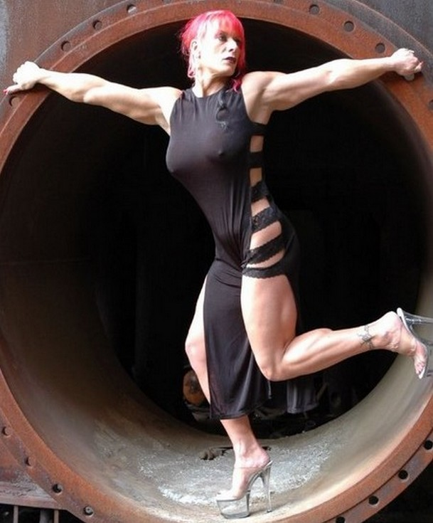Nicole Savage 61