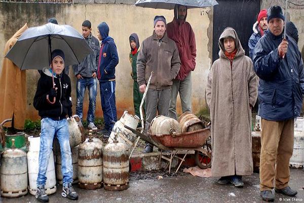 """سكان قرى  سيدي صالح بعين امران:""""محرومون من الغاز الطبيعي وهو  مشارف مسا كنهم"""""""