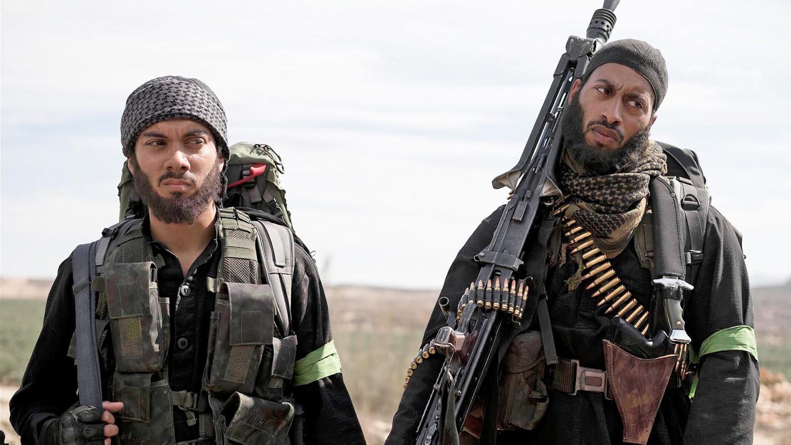 Dos de los terroristas protagonistas de The State en un fotograma de la serie
