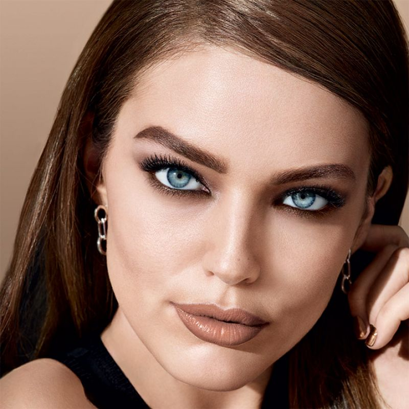 HD Photoshoot of Emily Didonato For Maybelline 2018