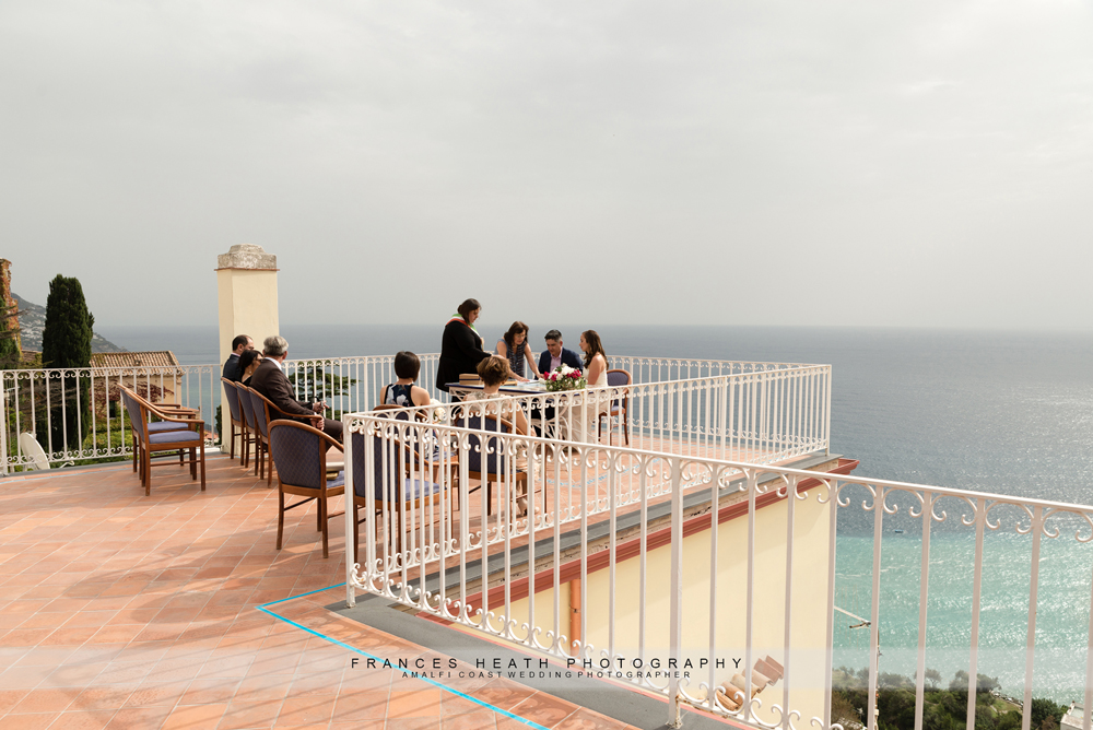 Civil wedding in Positano