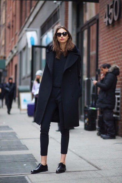 navy coat Alexandra Agoston street style