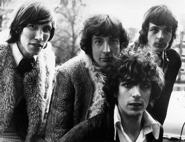 pink floyd, syd barrett, archives pink floyd, pink floyd demos, pink floyd the early years, charlelie couture, causeur musique, david gilmour, roger waters