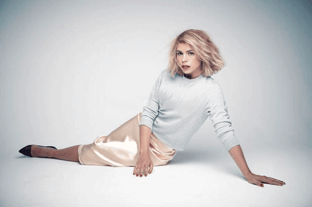 Billie Piper English Dancer Singer Actress HD Wallpaper Photo Images