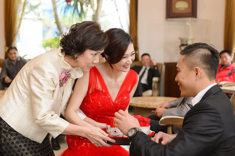 婚禮攝影、婚攝推薦、婚禮紀錄、證婚儀式、水教堂、香格里拉冬山河渡假飯店