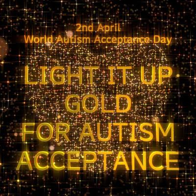 Obrázek s nápisem rozsviťte zlatou pro přijetí autismu