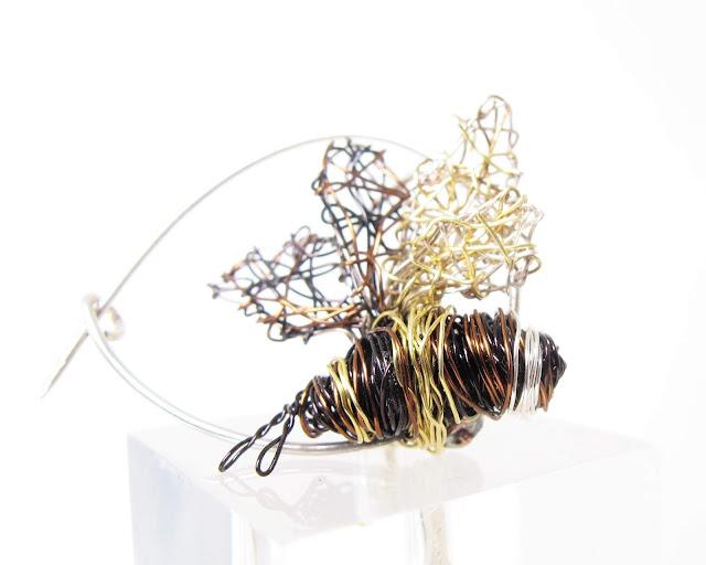 Bee pin, art brooches and pins