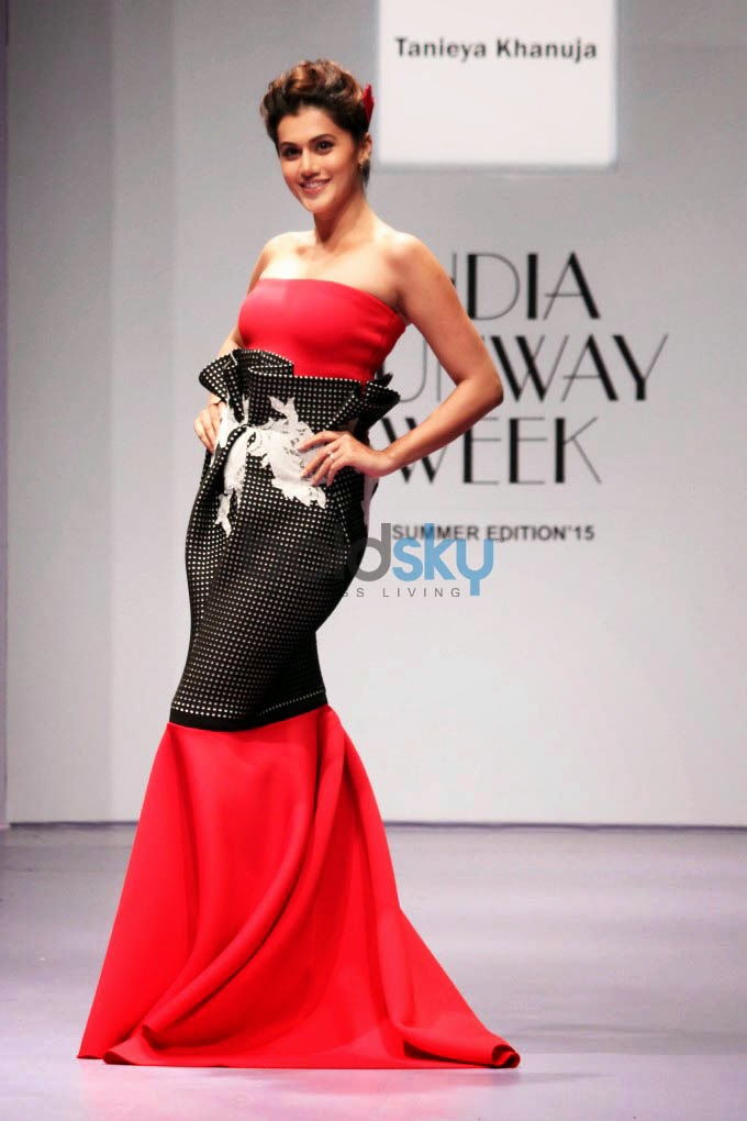 Taneiya Khanuja grand finale IRW 2015 - Tapasee, Tapasee IRW 2015, Grand finale india runway week 2015