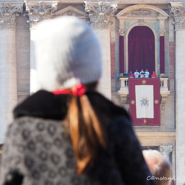 Vatican - Ascultând cu atenţie discursul Papei-blog FOTO-IDEEA
