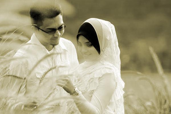 Inilah 5 Perilaku Sederhana Suami yang dapat Membahagiakan Istri