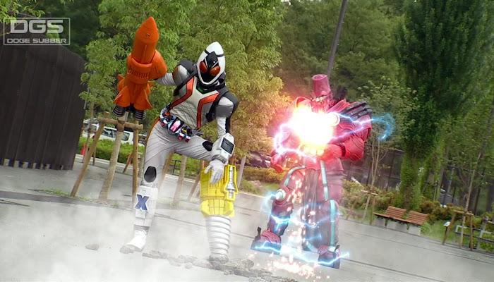 Kamen Rider Fourze (32/48)