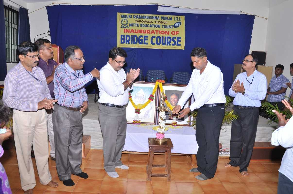 DR Rajesh Shetty Dean Admissions Alumni Affairs NMAMIT Nitte Is Presided Over The Function And Suggested Students To Maintain Good Discipline