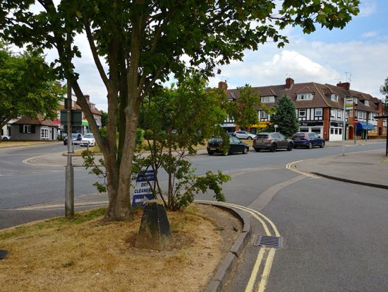 Picture of Brookmans Park's Bradmore Green and Bluebridge Road. Image by North Mymms News released under Creative Commons BY-NC-SA 4.0