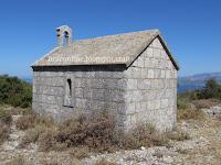 Crkva sv. Petar, Pražnica slike otok Brač Online