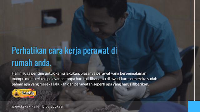 cara kerja perawat insan medika di rumah