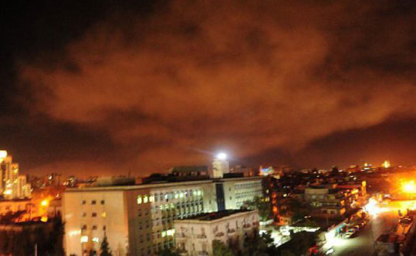 Fotos: Estados Unidos  bombardea Siria en coalición con Francia y Reino Unidos