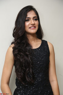 Simran Chowdary Model in Beautiful Black Dress at FBB Miss India 2017 finalists at Telangana auditions (27).JPG