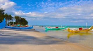 Pantai Nyiur Melambai Tempat Wisata di Belitung