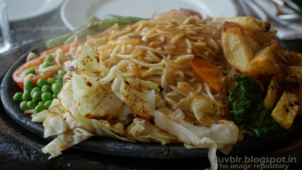 Chicken Sizzler with Noodle
