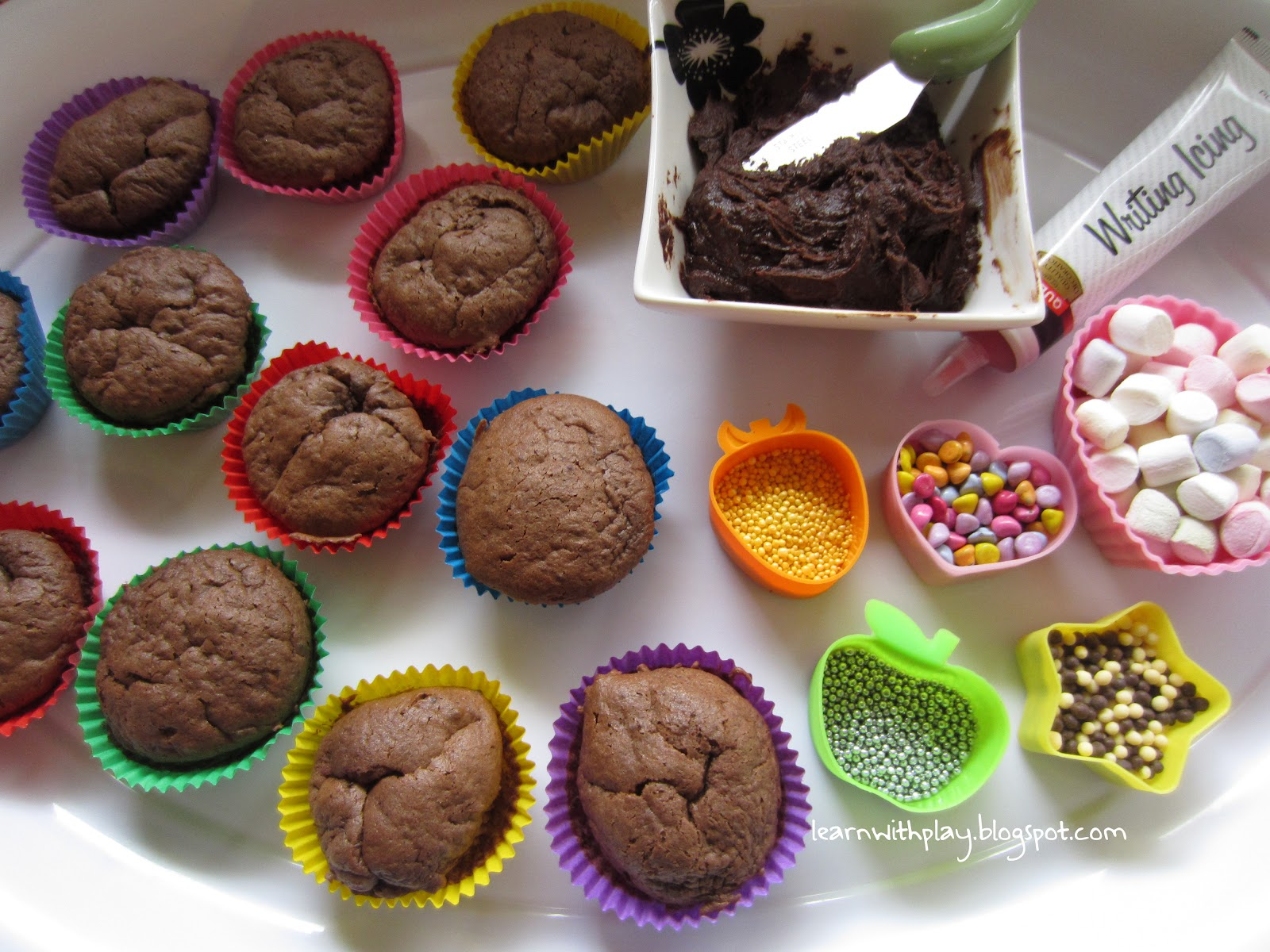 Learn with Play at Home  Decorating Cupcakes  With added Literacy     Mini cupcakes
