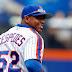 MLB: Yoenis Céspedes descubre las ventajas del yoga