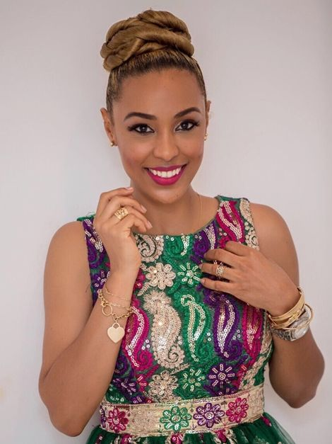 VIDEO: Actress Nikki Samonas Shows Off Her Mother!..As She Turn 30 Today