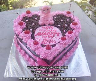 blackforest cake tema beruang