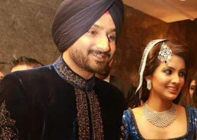 Harbhajan-Singh-with-wife-Geeta-Basra-wedding-reception