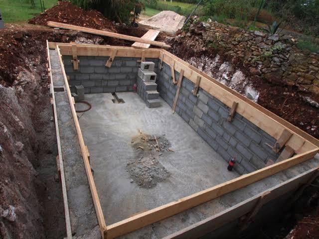 struktur kolam renang