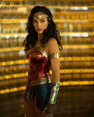 Images: First Photo Of Gal Gadot In Costume For Wonder Woman 1984