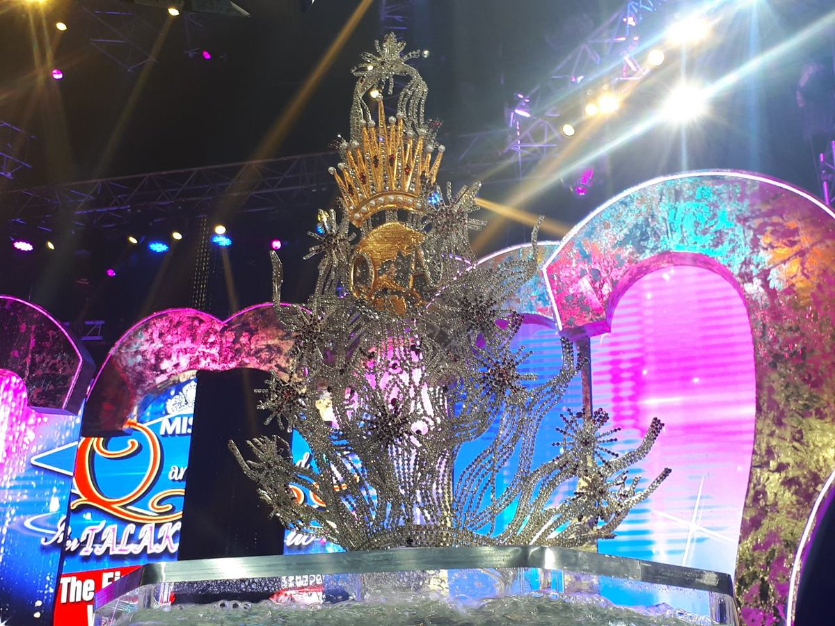 The Php 450,000 worth Miss Q and A crown.