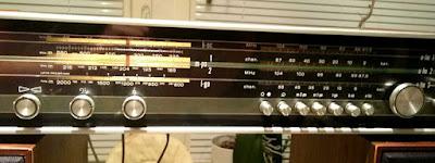 OH2DD Philips retroradion taajuunäytöt