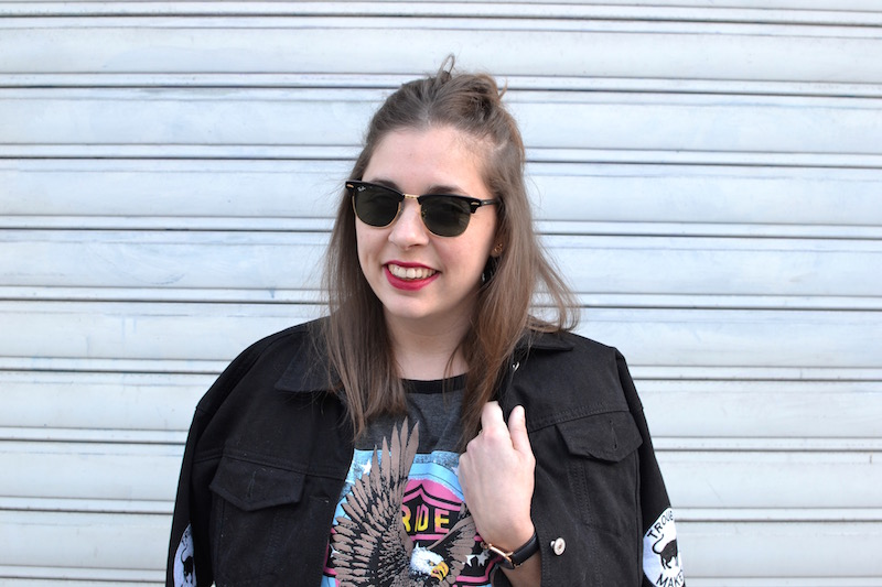 clubmaster Ray Ban, robe USA missguided, veste en jean Boohoo