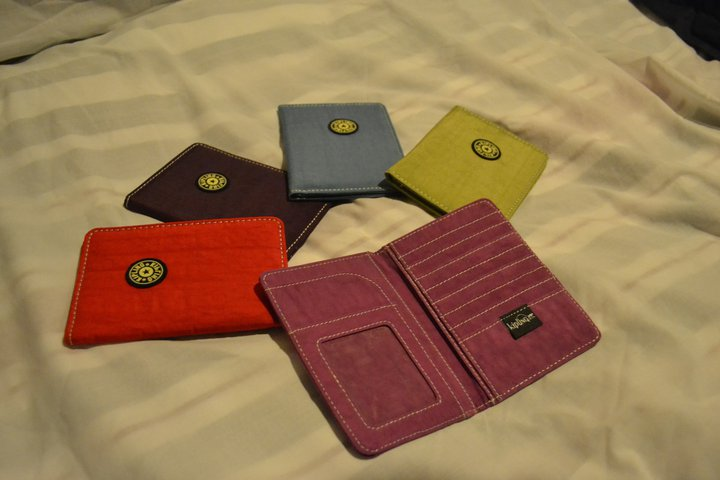 detailed look f9cdd 0e4e7 Items to choose from: Kipling Passport Holder