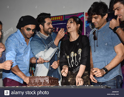 27th-july-2017-bollywood-actress-kriti-sanon-celebrate