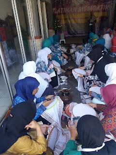 GOW Kabupaten Karawang Mengadakan Pelatihan Wirausaha Membatik