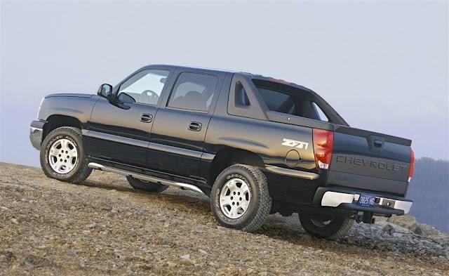Descarga Manual Chevy-Avalanche-2004-Bomba de Agua Servicio y Reparación